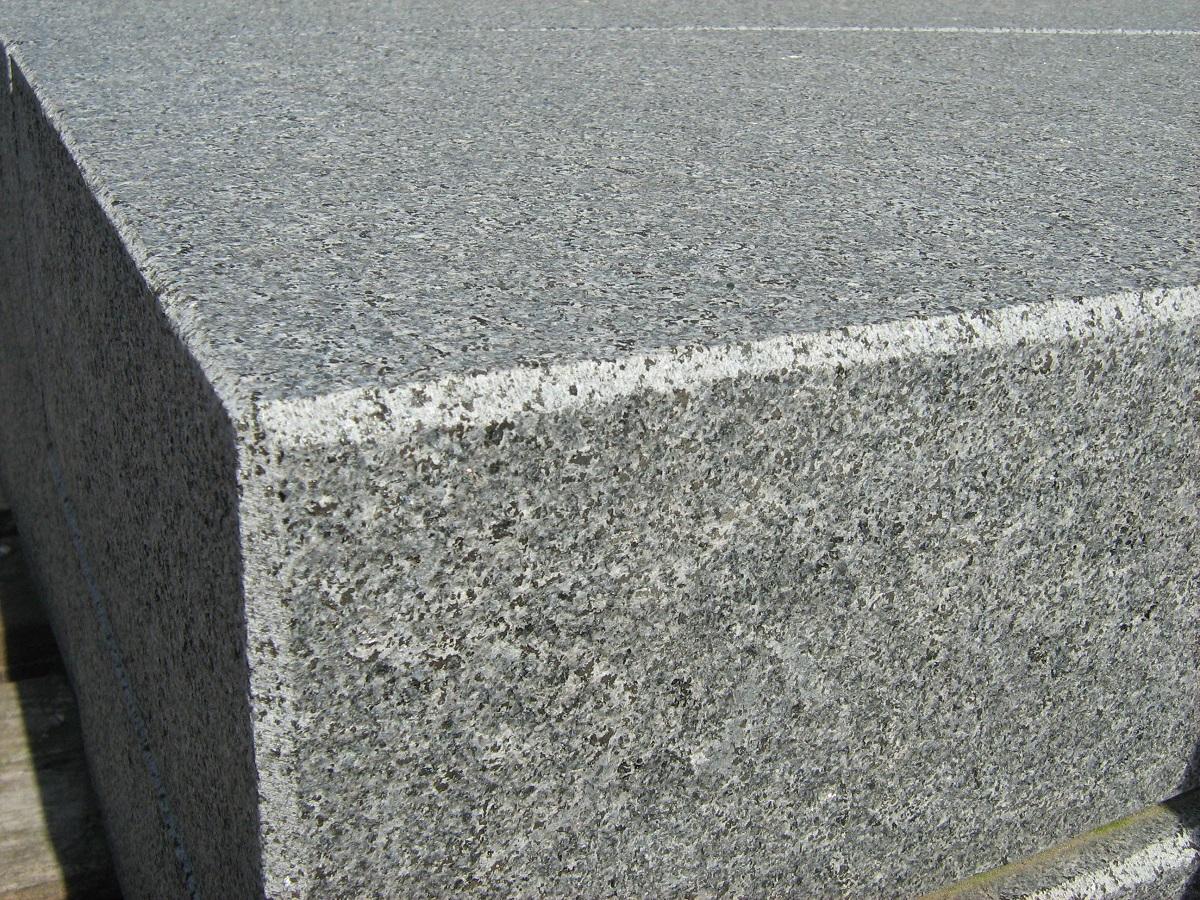 blockstufe architecture granit rustenburg cantera naturstein welten. Black Bedroom Furniture Sets. Home Design Ideas