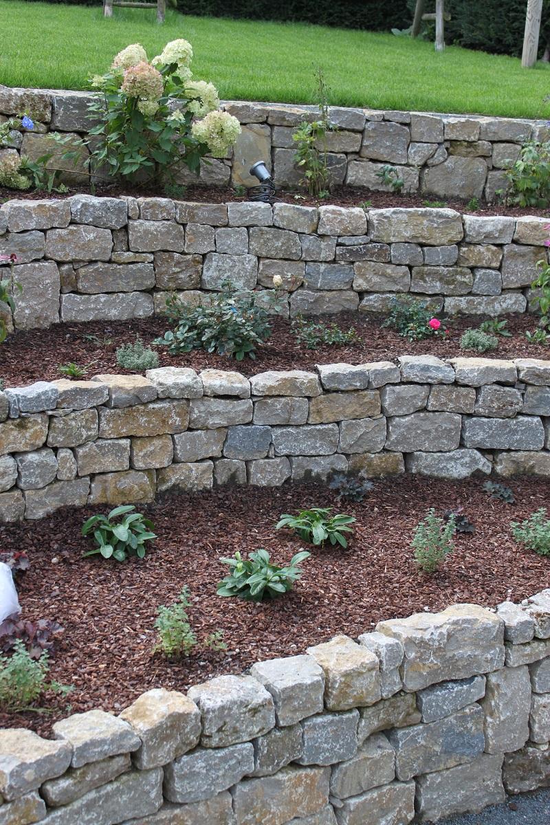 Trockenmauersteine st malo cantera naturstein welten for Garten steine weiss